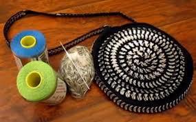 como hacer un bolso de crochet con chapas