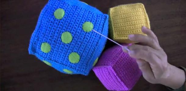 Cubos de crochet para niños