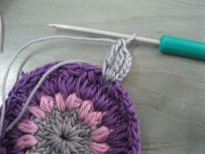 Circulo estilo granny a crochet