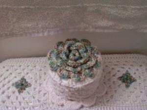 Gorro de papel higiénico a crochet