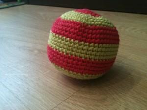pelota a crochet